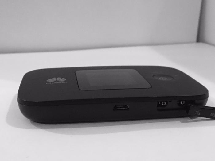 Huawei E5577 Portable Mobile Wi-Fi 4G/LTE
